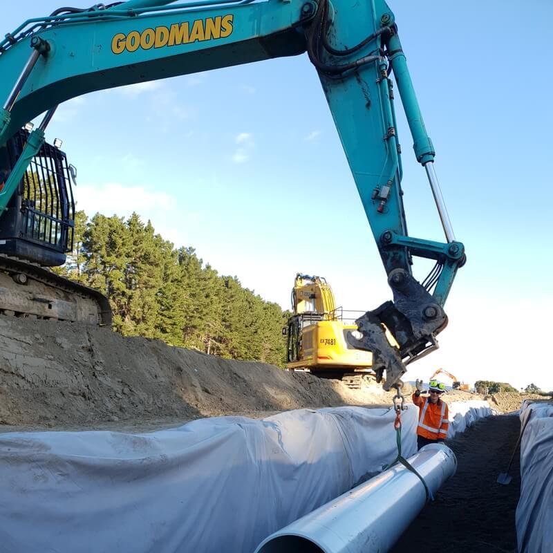 Thomas working alongside the Peka Peka to Otaki Expressway.